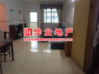 Cy出租泰和花园低楼层3室2厅1卫110平米1400元/月住宅