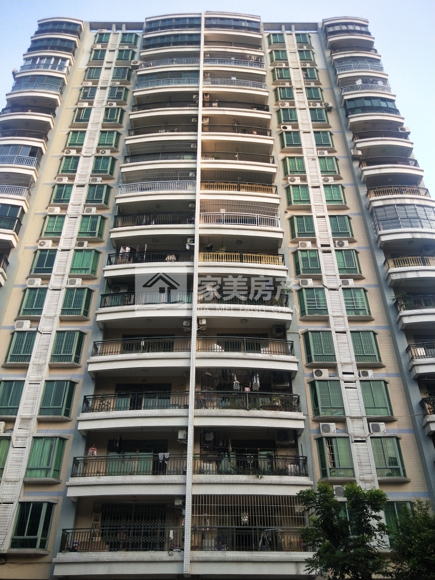 出租星辉园4室2厅2卫178平米2800元/月住宅