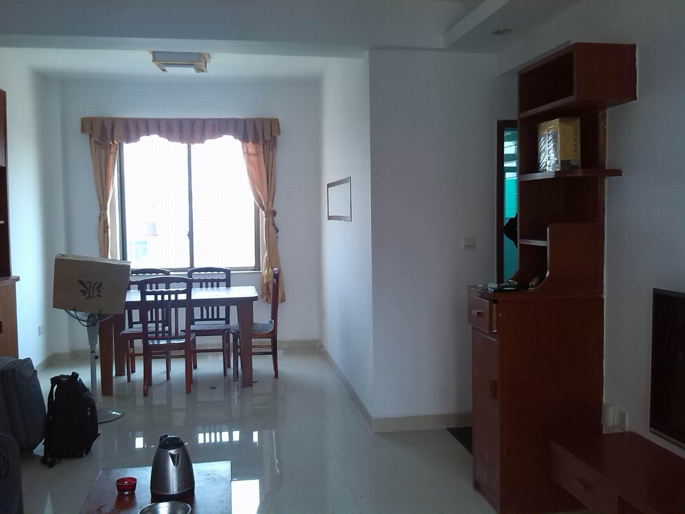 出租金田现代城3室2厅2卫1500平米1500元/月住宅