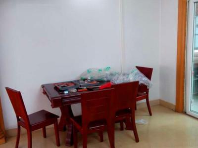出租华翠园3室2厅2卫140平米1800元/月住宅