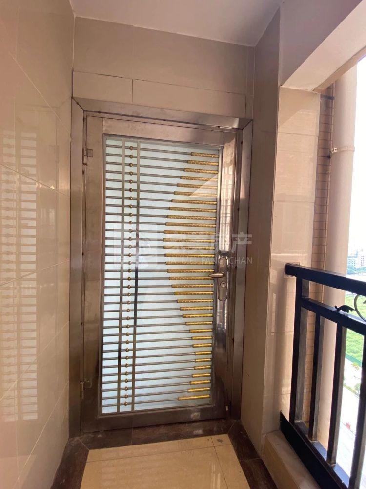 出租樵顺嘉园3室2厅2卫89平米1600元/月住宅
