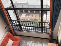勤天汇公寓复式34方1室1厅1卫阳台面对西江无敌江景1300拎包入住