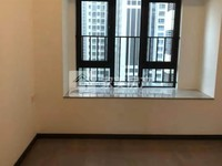 西江新城万科西江悦全新精装没住过电梯三房二厅仅租1500元。适合 家庭!