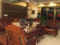 锦华花园,大润发商圈,尽显奢华,交通方便,周边配套设施完善,豪华装修仅售135万