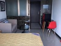 拉菲 公寓 全屋家私电器 棱包入住 只租1200一个月