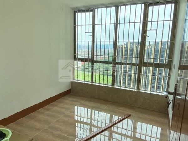 樵顺嘉园 电梯中层 精装3房 合适配齐家私电 钥匙在手 随时约看
