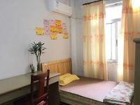 梅花街附近-步梯中楼层温馨两房装修新净-周边配套成熟!!