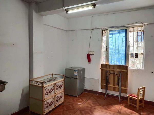 业主急售 永安新村 低楼层 精装修 18平米 只售10万