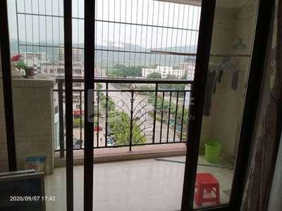 明城 八达园.明汇苑 电梯10楼三房租金2000元 家私电器安全 近学校市场