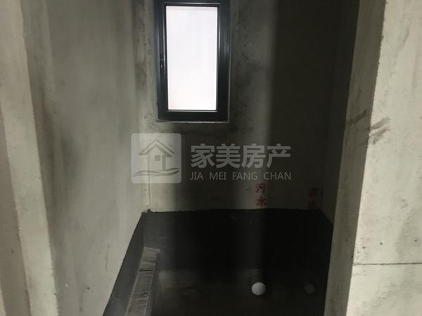 美的东区望江107方毛坯3房业主急售92万够2年!首付25万