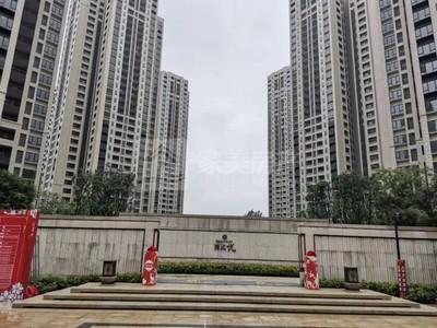 西江新城 万科西江悦 临近学校 交通方便 周边设施配套完善 仅2000元/月