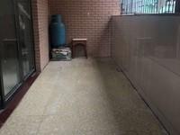 荷城广场附近 小区管理步梯低楼层三房装修新净 送杂物房 周边配套成熟-.-