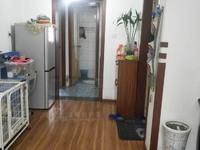 ZHC出售中港广场3室2厅2卫106平米82万住宅