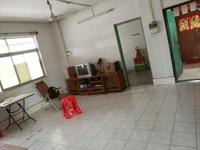 华阳市场附近-步梯靓楼层四房装修新净-送个有窗可住人的杂物房单价仅需五字头-笋啊