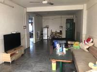 荷城广场附近-步梯低楼层三房装修新净-送一楼杂物房-格局靓仔