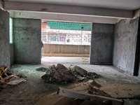 高明七星岗公园附近-条形砖外墙-实用面积140方毛坯可改五房-小区管理
