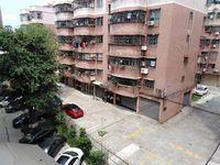 河江1楼老人屋 新装修 有厕所 有个小阁楼放杂物 卖12万