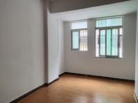 超笋 河江丽苑小区 104.99平米 新装修 低楼层 还送20方大平台 65万