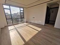 出售美的 鹭湖森林度假区5室2厅2卫265平米410万住宅