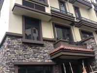 稀缺房源 城央别墅 单边位 四房可改5房 带160平方花园 包过户!