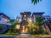 出售美的 鹭湖别墅3室2厅2卫185平米260万带120方花园