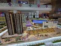 高明钧明城 新城CBD 赠送面积多 楼下大型商场 教育医疗一应俱全 随时约看
