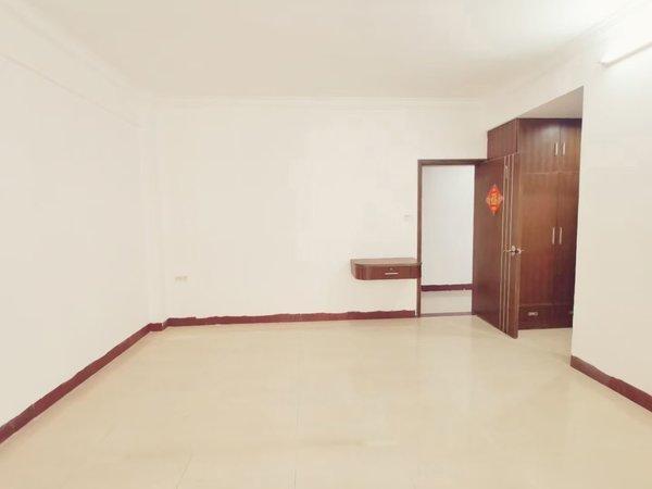 大润发商圈 精装电梯洋房 南北对流 精装大三房 拎包即入住 单价7字头