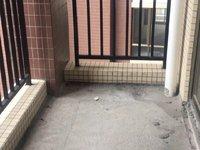 河江中心电梯楼中恒广场3室2厅2卫91.7平米56万
