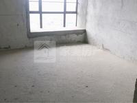 西江新城江滨香格里,毛坯高层,格局实用大三房,单价7字头,首付20万