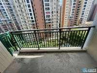 盈信商圈御泉湾8楼靓楼层 南向不靠路实用三房单价才6500左右有钥匙直接带您看房