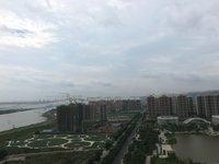 明湖四期 高层南向实用三房正望明湖公园视野超靓 可遇不可求