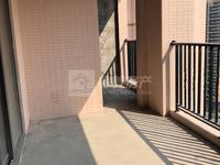 东湖洲花园 稀有lou王单位 三主套 超大阳台 多赠送 满二 有钥匙随时看房