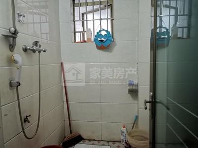 河江新楼可贷款小区电梯精装修三房二厅,业主置换急售!首15万可拎包入住
