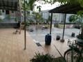 盈信广场商圈带200方大平台,够两年过户费低,精装修保养新净,阳台搭了玻璃棚