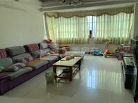 泰和小区 楼龄新净 精装3房 位置配套成熟 位置安静 直接拎包入住 随时睇楼