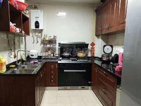 宏基豪庭,精装修,户型方正,小区环境优美,送家私家电,单价低至5字头!