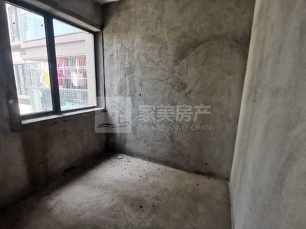 瑞日天下 中层10楼 温馨三房 户型超实用 满2年 自由装修 随时看