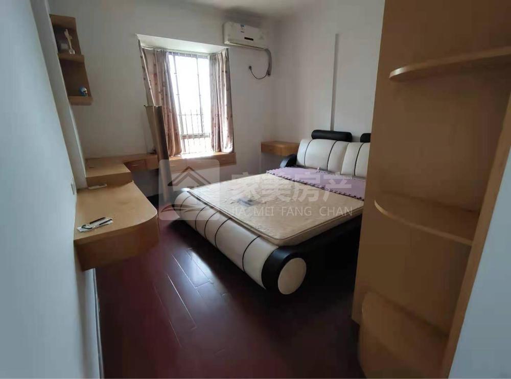 宝行御泉湾,精装修大3房,家私家电齐全,拎包入住!