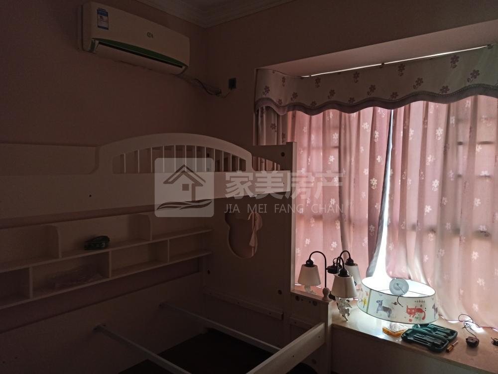 富星半岛 盈信广场 成熟小区 精装3房 家私电齐 仅租2500 首次出租 房源多