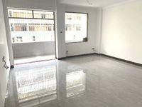 沃尔玛商圈 100方 超实用大3房 可以跳舞的房间 中楼层 新装修未入住