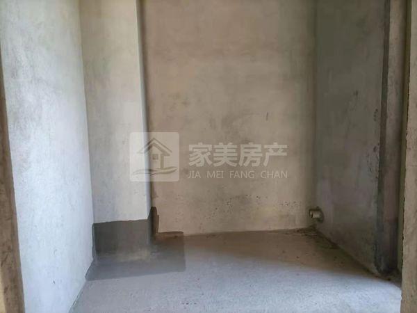总价79万做君御海城中间楼层97方全新末住过三房!