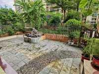 大润发商圈成熟小区.精装三房出售.南向,保养新净,格局方正采光好.带50方花园.