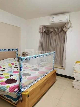 欣荣花园精装3房2厅电梯房 格局方正 保养新净 业主底价出售