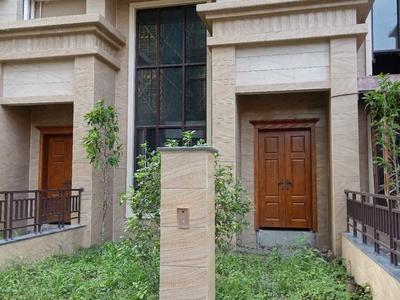 香格里靓别墅3层半5房,业主急售单价仅1.4万!