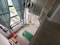 勤天汇复式公寓精装两房.舒适干净整洁.家私电齐全.拎包入住.交通便利