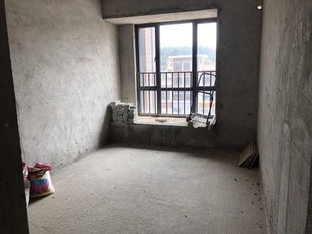 西江新城美的西海岸东区-采光好三房毛坯-正常首付即可-靓楼盘出一套少一套