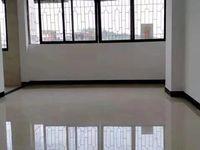 东华路世纪尚品楼上 全新装修四房 送6方杂物房 业主包过户