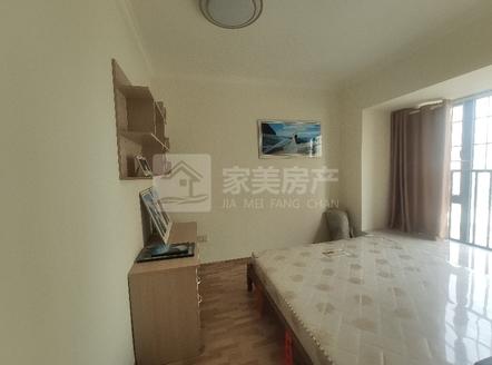 西江新城美的东区实用89方精装修三房业主置换诚意出售95万!