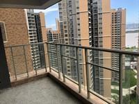 君御海城 154平米 大4房 电梯黄金楼层 只卖154万