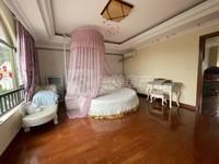 碧桂园二期 湖景独栋别墅 超级豪华 景观特靓 售740万 看房方便!
